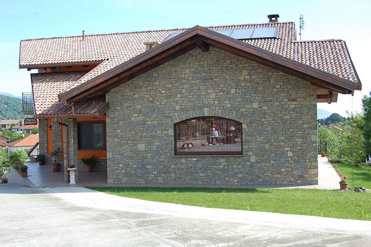 Murature in pietra di langa muri in pietre di langa for Case in pietra