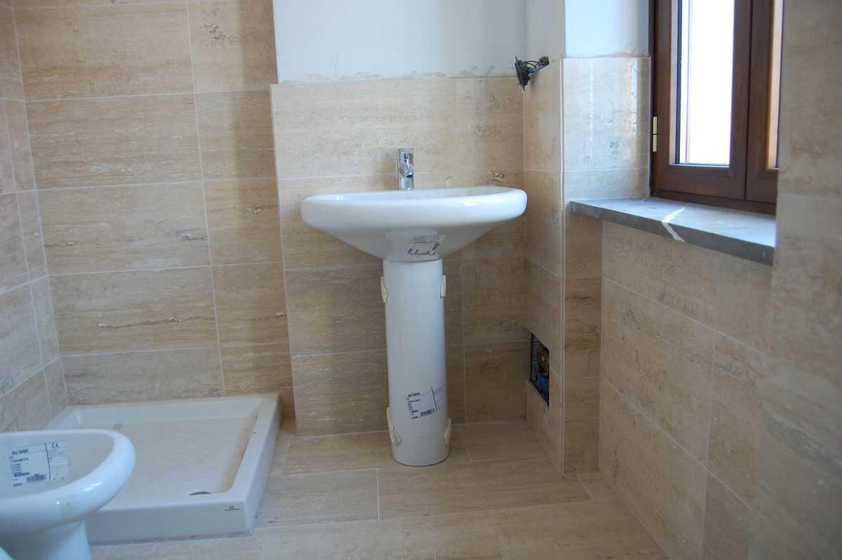 Rivestimento parete bagno in pietra alpina naturale n 24 - Pietre per bagno ...