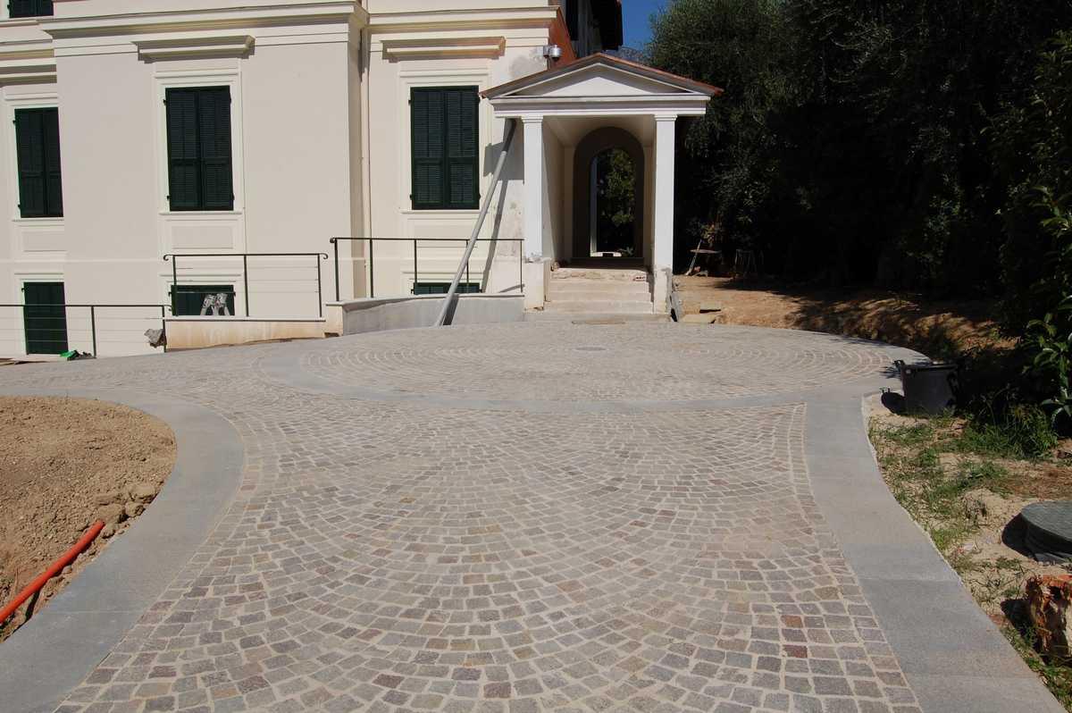 Pavimento In Pietra Naturale Per Interni : Rivestimenti in pietra naturale o ricostruita a san marino