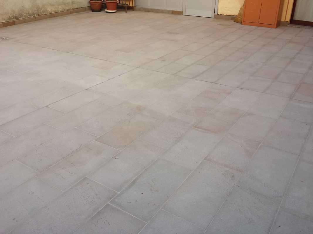 Pavimento tipo piastrelle in pietra alpina n 7 - Piastrelle tipo pietra ...