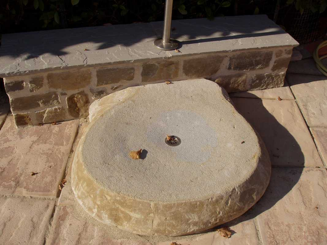 Murature in pietra di langa muri in pietre di langa - Piatto doccia in pietra ...